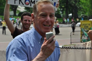 Howard Dean (Blade photo by Michael Key)