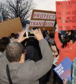trans_students_protections_protest_at_White_House_460x470_(c)_Washington_Blade_by_Michael_Key